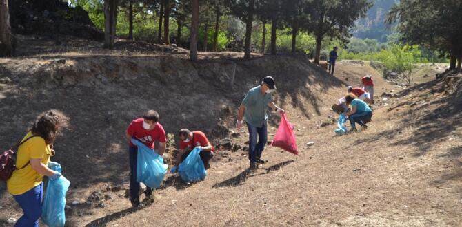 Kula-Salihli Jeoparkı'nda Çevre Temizliği